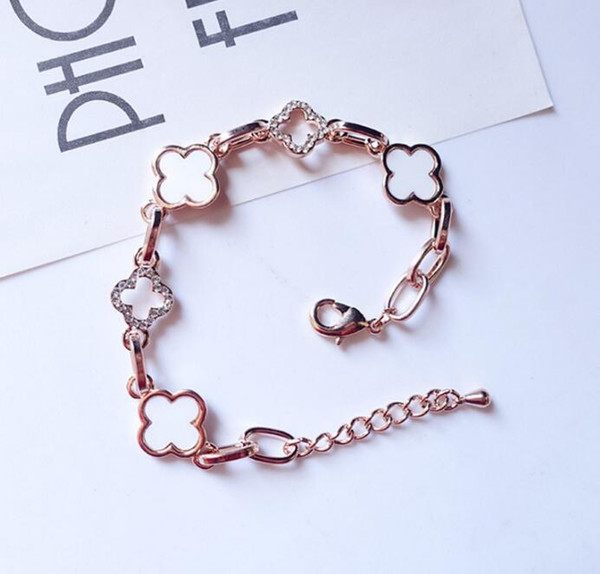 top popular Designer 18K Gold Color Clover Crystal Bracelet Korean Fashion Luxury Charm Bracelet Women Jewelry Birthday Party Gift Wholesale Price 2021