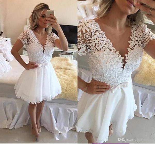 Little White V-neck Short Sleeves Homecoming Dresses Sheer Beaded Pearls Short Mini Prom Dresses Belt Hoolow Lace Cocktail Dresses