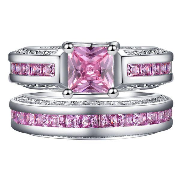 Nueva bisutería de platino, rosa y azul con circonitas engastadas con anillo de diamantes.