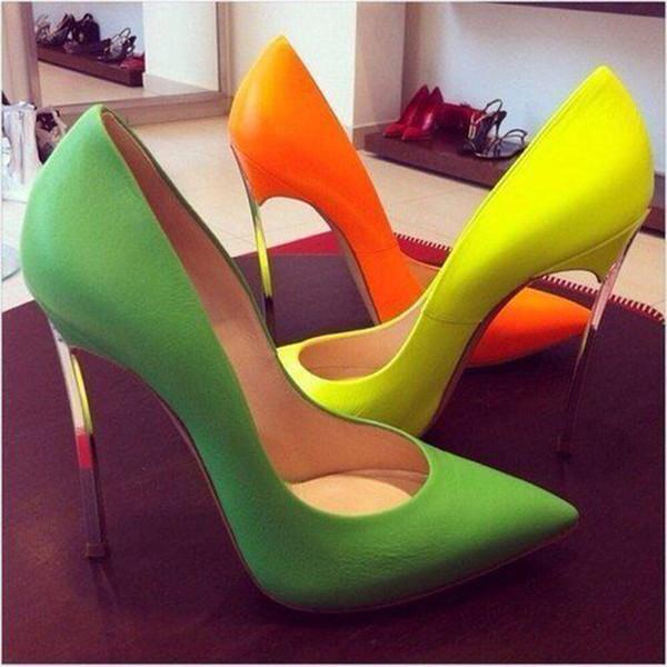 Designer de tendência de moda sapato de couro de patente stiletto festa de escritório sapatos de casamento de ouro, prata, preto