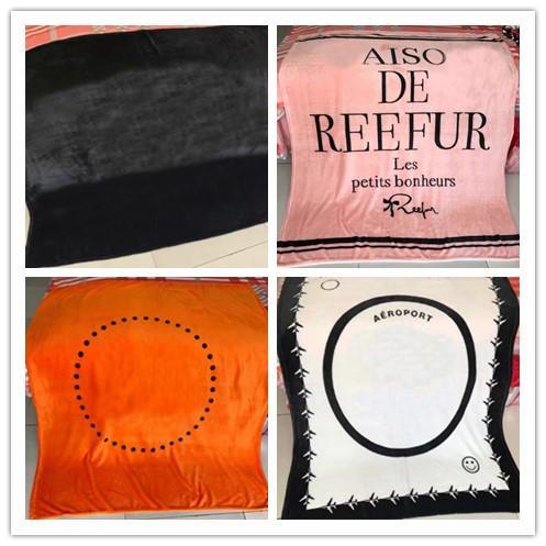 Pretty 7 Styles Love Pink H Brief VS Decke 130 * 150cm Soft Coral Velvet Strandtuch Decken Klimaanlage Teppiche Komfortabler Teppich
