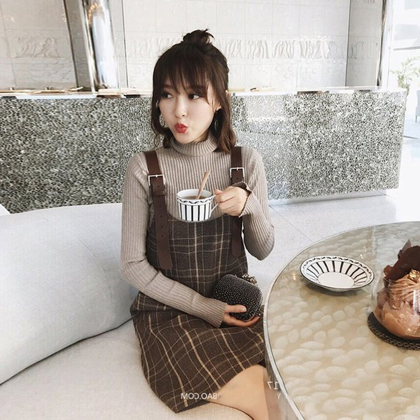 far back as 2018 the new early autumn autumn outfit female tender wind knitting dress female twinset sweater coat grid