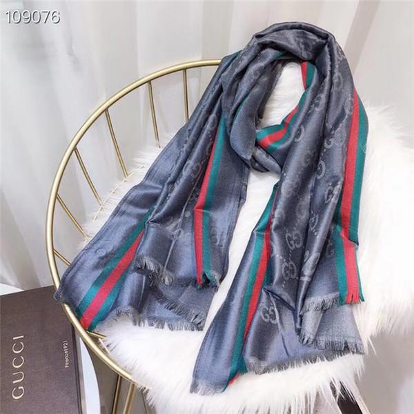 Al por mayor-Nueva alta calidad 10 colores diseñador de la mujer de seda guata mantón de la bufanda de lujo size180 * 70cm de largo chal de moda Impreso por cuatro temporadas