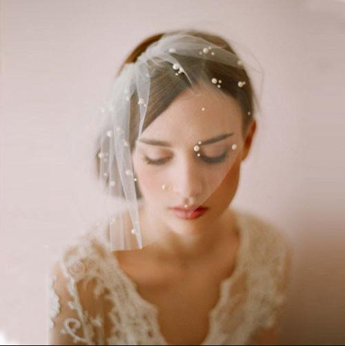 2019 White Ivory Birdcage Veil with Comb Pearls Decoration Cut Edge Blusher Veil Single Tier In Stock Bridal Wedding Decoration