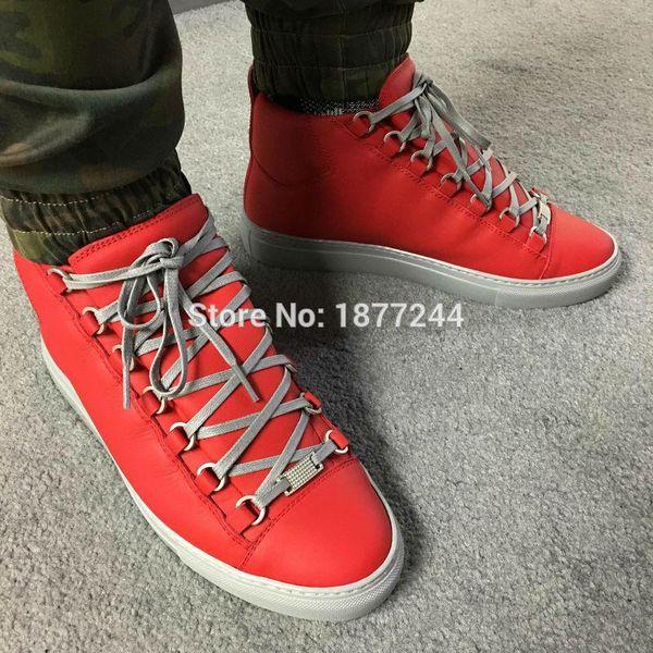 Mais novo polka dot decoração dos homens de couro da marca original de alta top flats sapatos rua homem estilo casual shoes primavera outono
