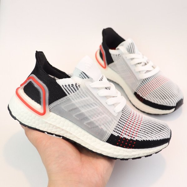 Großhandel Adidas Ultra Boost 5.0 UB 5.0 Kids Ultra 4.0 5.0 Laufschuhe Schwarz Weiß CNY Primeknit Jungen Mädchen Runner Ultraboost Sport Trainer Baby