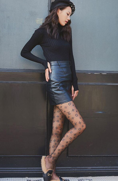 Hot Sale Women Designer Silk Stockings Brand F CC Pantyhose Sexy Hosiery Fashion Silk Socks Transparent Grid Sock Mascot