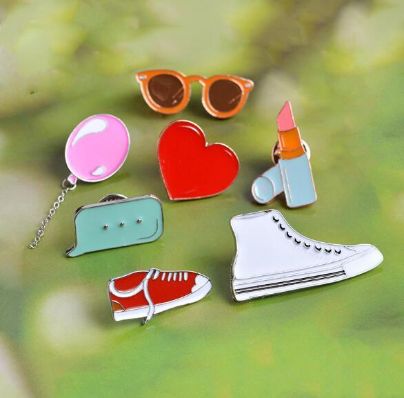 2019 New fashion Hot sale Dress Up Sunglass Heart Shoe Lipstick Brooch Pins Lapel Pins Badge Fashion Jewelry Will and Sandy Drop Shipping