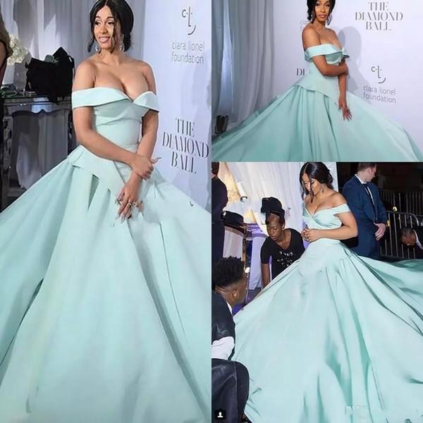 Mint Green Csiriano Cinderella Moments Prom Dresses 2019 Modest Matte Fleck Schulterfrei Dubai Arabische Promi Roter Teppich Abendkleider