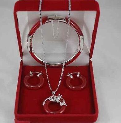 El colgante de jade natural, el collar, la pulsera, el arete, el juego Recubrimiento del reloj en el cuarzo de jade de cristal al por mayor