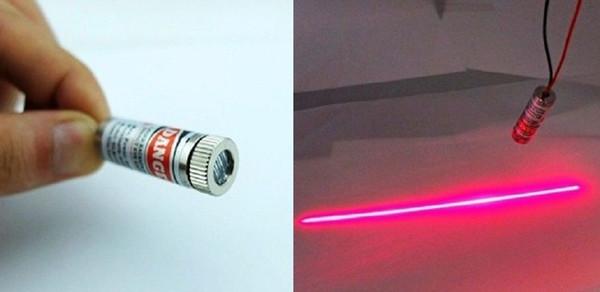 Classe de tailles de réservoir de poissons de verre industriel 650nm 5mW 5v verre Croix-Rouge Laser Line Module objectif Focusable