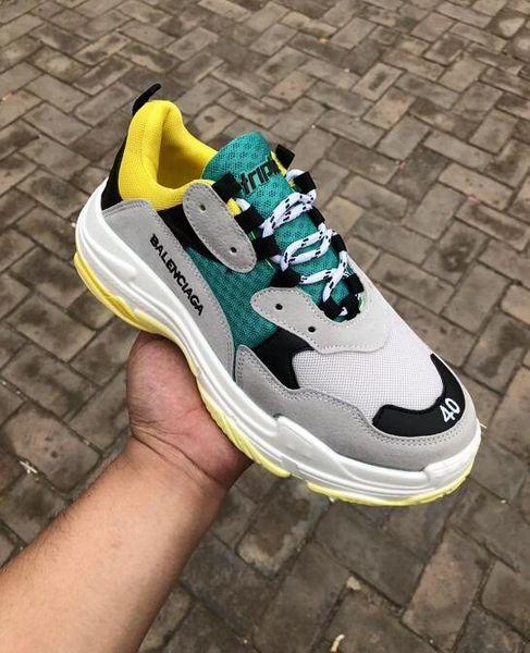 Designer Paris 17FW Triple s Fashion Sneakers men women black white leather Cheap Casual Flat Shoes tennis luxury flange shoe