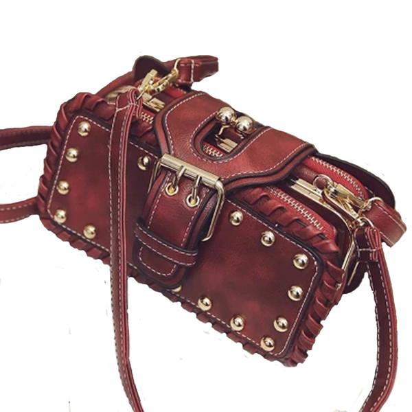 Designer-Spring Fashion Women Shoulder Bag Rivet With Flip Designer Handbag Clutch Bag Ladies Messenger Bag With Metal Buckle D149