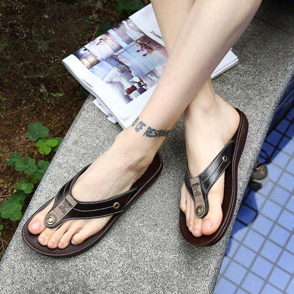 FREE SHIPPING Designer Slippers Brand men leather Sandals Shoes Slide Summer Wide Flat Slippery With Thick Sandals flip flops beach slippers