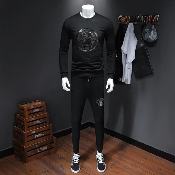 Desgaste dos homens 2019 Outono Moda Men Treino Perfeito Qualidade Camisola Calças de Lazer Tempo Terno Claro Duas Peças de Conjunto