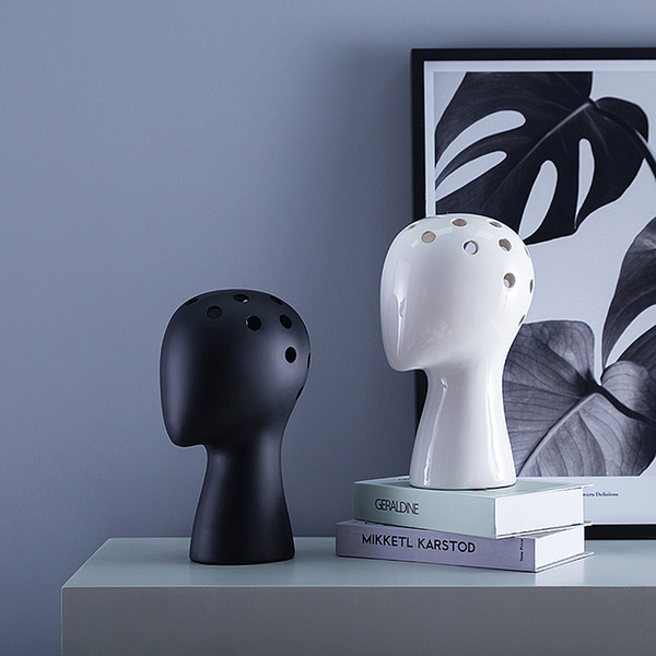 top popular Human Head Model Ceramic Vase Nordic Wind Ins Creative Portrait Round Hole Flower Arrangement Home Decoration Human Head Vase 2021