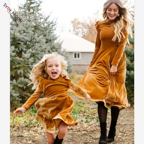 Mother Daughter Dresses Autumn Winter Family Matching Clothes Mom And Me Long Sleeve Velvet Thicken Dress Family Look Clothing