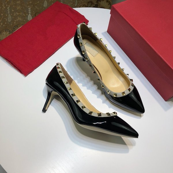 Sapatos de grife sneaker Tão Kate Estilos Sapatos de Salto Alto Red Bottoms Couro Ponto Toe Bombas De Borracha yz19022702