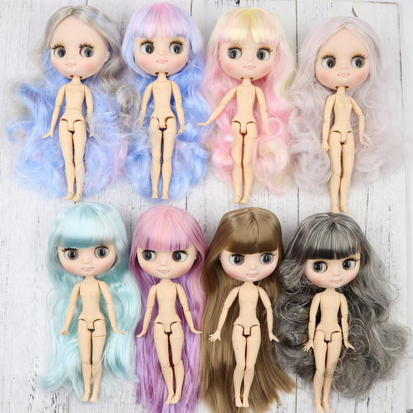 Middie Blyth Nude Doll 20cm Joint Body Frosted Face con maquillaje Grey Eyes Soft Hair New Specials Diy Toys Gift with Gestures MX190731