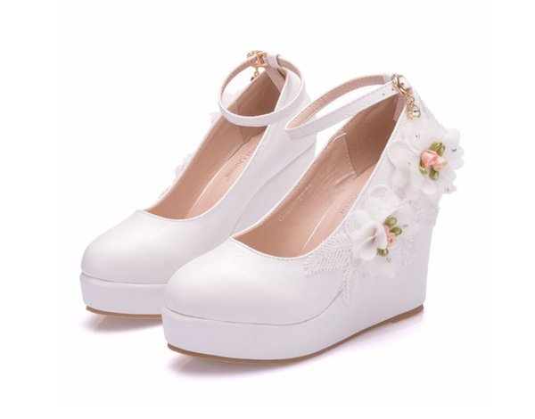 Crystal Queen Woman White Wedding Shoes High Heel Bridal Shoes For Woman Pumps Fashion Design Flower Lace Bridesmaid Shoes