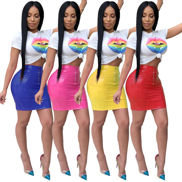 2019 Hottest Sexy Lip Printing White T Shirt and PU Short Skirt Summer Two Pieces Short Sleeves Sexy Night Club Party Dresses Sets