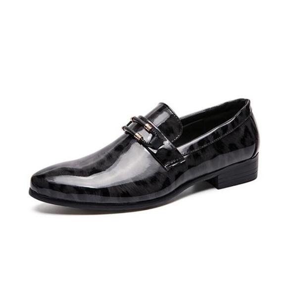 Мужская Обувь Новая Мода Мягкая Натуральная Кожа Повседневная Мода Человек Ужин Обувь Мужчины Удобные Плоские Простые Легкие Мокасины