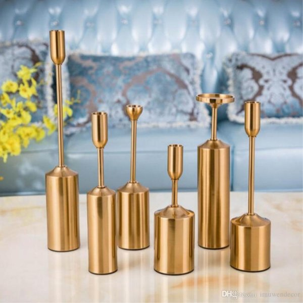 Simple European Candlestick Gorgeous Metal Candle Holders Exquisite Wedding Decoration Centerpiece Gold Table Candle Stand Christmas Gift