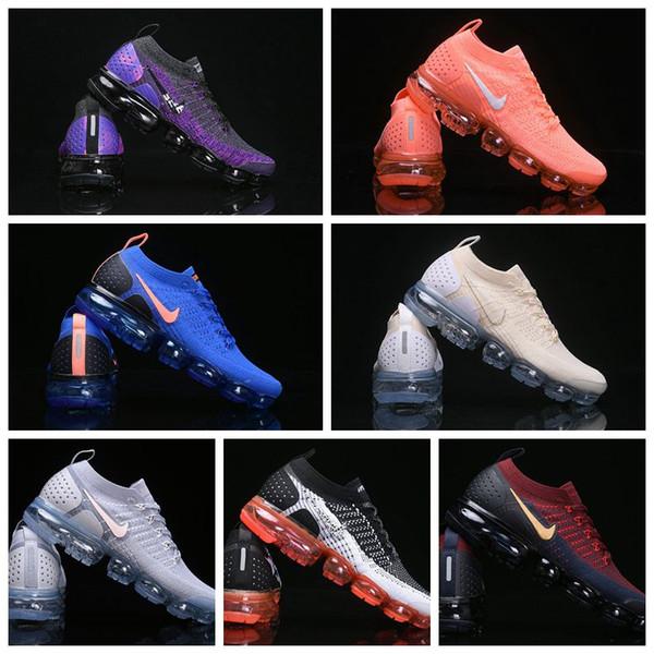 Moda Trainer v2 Le scarpe da corsa cuscino morbido Uomini Sneakers Donne Nero Bianco Sport Shock da jogging, walking Escursionismo Outdoor shoes36-46 casuale