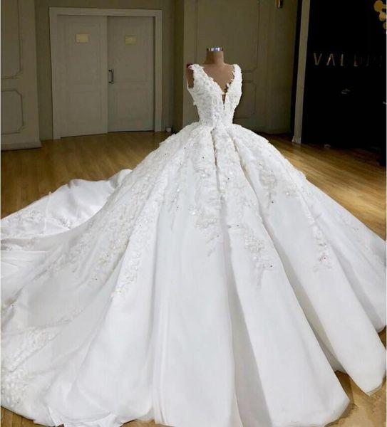 Fantástico Deslumbrante Vestidos de Casamento Para A Igreja V Neck Apliques Bordados Frisado Vestidos De Noiva 2019 Trem Da Varredura vestido de Baile Vestido de Noiva