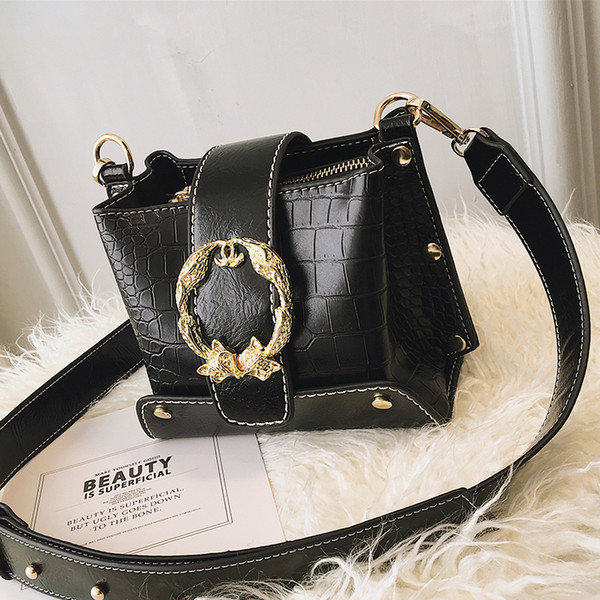 Stone Pattern Bucket Women Bag Leather Designer Fox Round Lock Rivet Shoulder Alligator Crossbody Bag Serpentine Fashion Handbag Y19062003