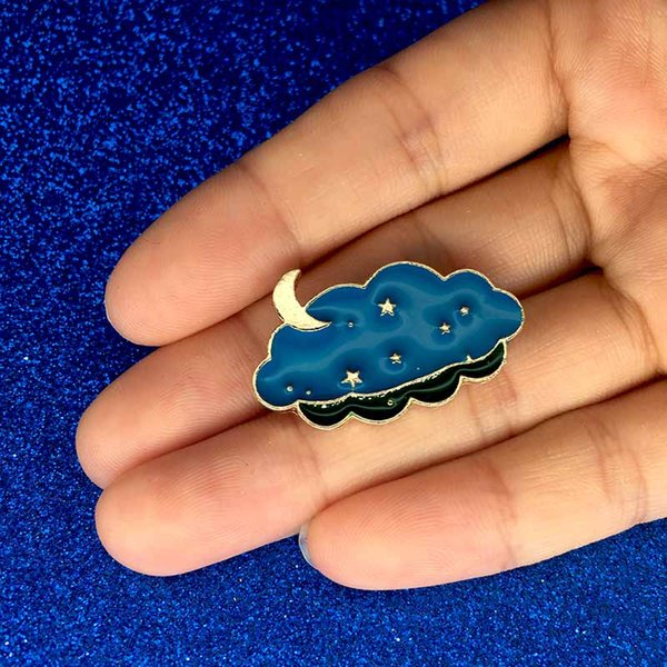 New Cartoon Pins Mt Fuji & Clouds Tassel Collar Enamel Brooch Lovely White Clouds Badge Brooches for Women Men Clothes drop shipping