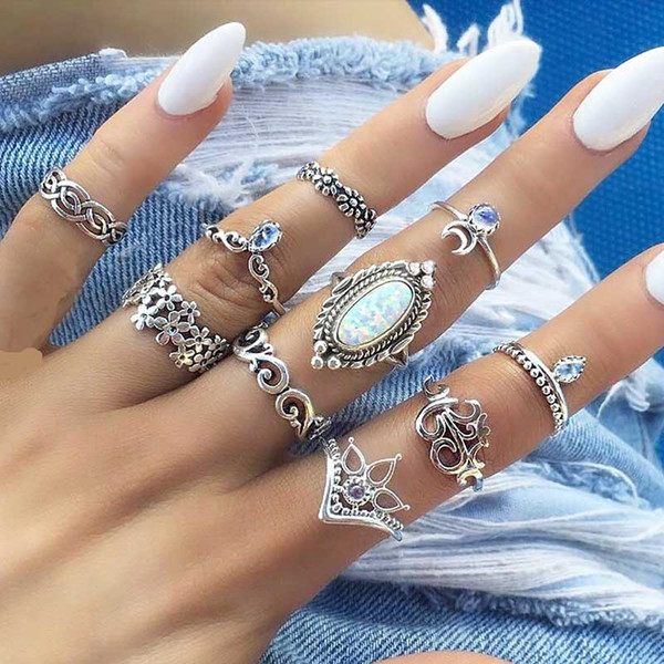 top popular 10pcs set Opal Ring Ancient Silver Flower Moon Crown Ring Set Joint Ring Combination set Women Fashion Jewelry set Will and Sandy gift 2020
