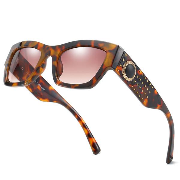 New High-end rivet frame sunglasses brand designer men's and women's rivets frame sunglasses with rivets popular avant-garde style top uv400