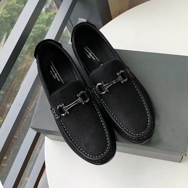 2019 Nuevas zapatillas de deporte de cuero superiores italianas Marca de diseñador de cuero de alta calidad Zapatos de plataforma de lujo Blanco para hombres Tamaño 38-45 con caja