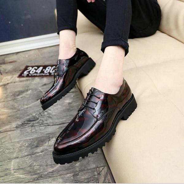 Nuevo 2019 Brogue de cuero de lujo para hombre zapatos de los planos Casual estilo británico de la boda Oxfords moda marca zapatos de vestir para hombres LH-76