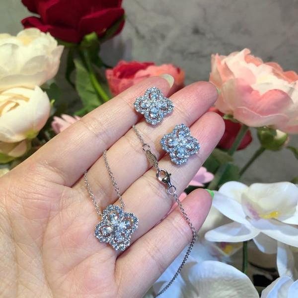 Lüks Klasik Tasarımcı S925 Gümüş Tam Zirkon Dört Yapraklı Yonca Çiçek Saplama Küpe Kadınlar Takı Için