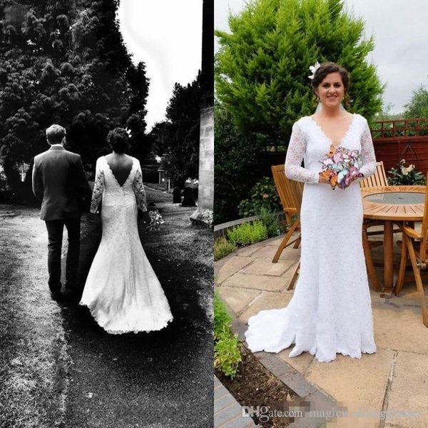 Sexy Backless Summer Holiday Boho Wedding Dresses Lace long sleeves Sheath Garden Beach Bohemian V neck fit and flare Bridal Wedding Gowns