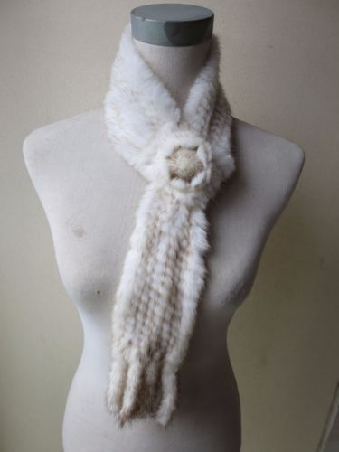 Wholesale/retail Women's winter elegant fashion real mink fur knitted scarf with a flower natural white warm soft