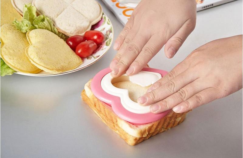 Practical-DIY-Heart-Shape-Sandwich-Maker-Cake-Cookies-Kids-Lunch-Bread-Mould-Food-Cutter-56977 (1)