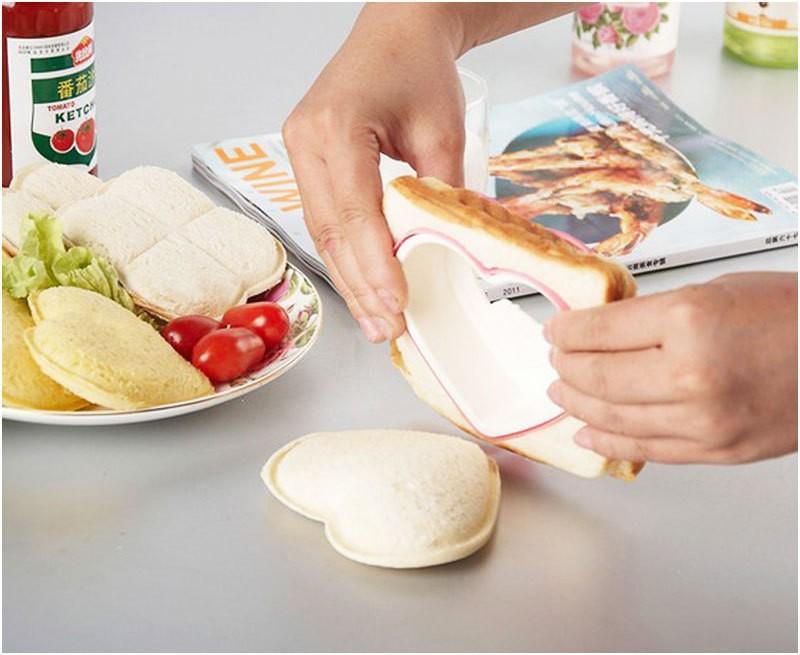 Practical-DIY-Heart-Shape-Sandwich-Maker-Cake-Cookies-Kids-Lunch-Bread-Mould-Food-Cutter-56977 (3)