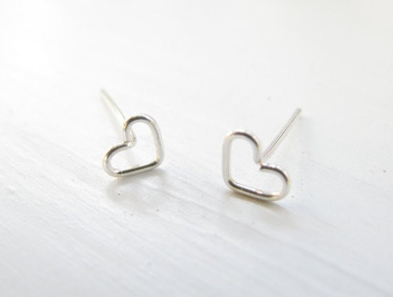 GoldSilver Plated Tiny Hollow Love Heart Studs Earrings, Simple Love Heart Jewelry, Fashion Ear Studs Wire Wrapped (2)