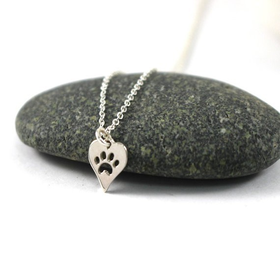 N094 Paw Print Heart Necklace Pet Puppy Dog Paw Necklace Bear Cat Love Paw Necklaces Decoupage Animal Paw Print Necklaces