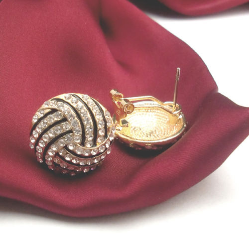 Delicate-small-seashell-striped-crystal-18K-gold-silver-plated-stud-earrings