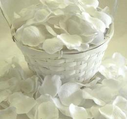 White Rose Petals Wedding Australia - 2500pcs White Silk Rose Petals Wedding Favour Party Flower Petal (100 pcs per bag,2500 pcs=25 bags)