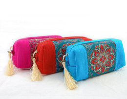 Women fabric wallets online-Borla de la tela del remiendo Bolsa de viaje de la cremallera para las mujeres Bolsa de almacenamiento de joyería de maquillaje cosmético Monedero de bolsillo Monedero de la boda del favor del banquete de boda