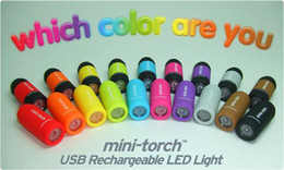 Mini USB portátil recargable LED linterna antorcha