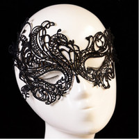 Wholesale Lace Catwoman Costume - Wholesale-New Style Women Halloween Mask Sexy Catwoman Mask Black and White Lace Masquerade Masks Party Costume 5 pcs lot Free Shipping