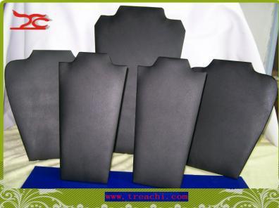 Partihandel halsband display easel kit med 5 svart läder