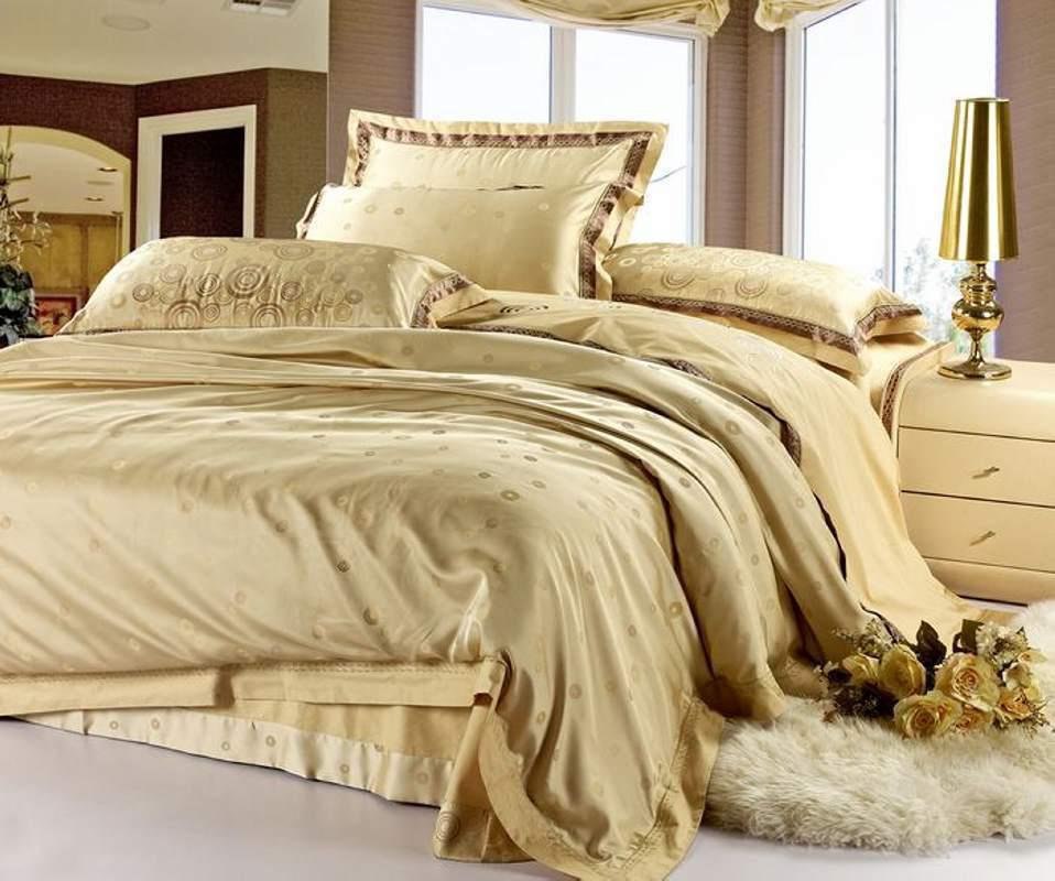 Wholesale Christmas Satin Jacquard Bedspreads Gold Silk