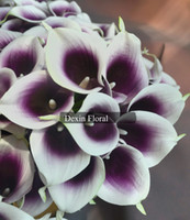 All'ingrosso-Real / Natural Touch Mini Stunning bianco interno Viola Picasso Calla Lily Bouquet da sposa